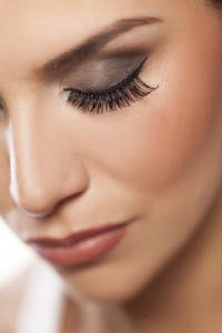 eyelash-growth-products